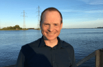 Kasper Larsen er kommerciel direktør og medejer for KLS Pureprint, der vil være verdens grønneste trykkeri. Det er er nødvendigt, lyder det– både for forretning og for verdenen.